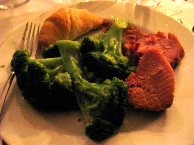 Maple-citrus glazed ham, steamed broccoli (x3), and a crescent roll (I had half).