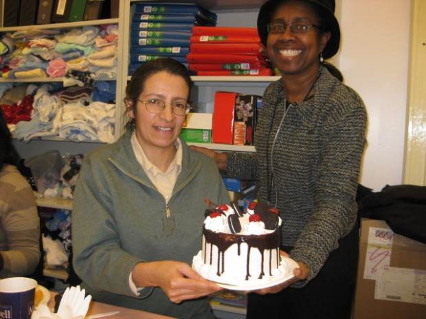 Rosa (the honoree) and Beryl (the cake-cutter)
